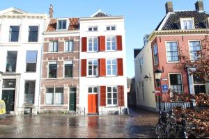 Bekijk appartement te huur in Utrecht Nieuwegracht: Appartement  - € 1050, 48m2 - 327959