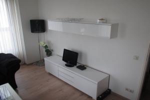 Bekijk appartement te huur in Utrecht Ina Boudier-Bakkerlaan, € 1350, 51m2 - 376842. Geïnteresseerd? Bekijk dan deze appartement en laat een bericht achter!