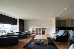 For rent: Apartment Haringvlietstraat, Dordrecht - 1