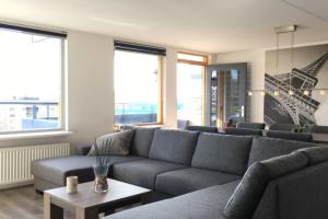 Bekijk appartement te huur in Amsterdam Jan de Jonghkade, € 1550, 100m2 - 373019. Geïnteresseerd? Bekijk dan deze appartement en laat een bericht achter!