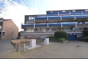 Bekijk appartement te huur in Dordrecht Doornenburg, € 895, 100m2 - 295281. Geïnteresseerd? Bekijk dan deze appartement en laat een bericht achter!