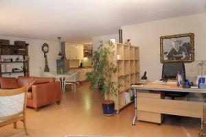 Bekijk appartement te huur in Apeldoorn Helfrichstraat, € 755, 80m2 - 343382. Geïnteresseerd? Bekijk dan deze appartement en laat een bericht achter!