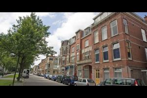 Bekijk appartement te huur in Den Haag Cornelis de Wittlaan, € 825, 35m2 - 299111. Geïnteresseerd? Bekijk dan deze appartement en laat een bericht achter!