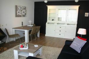 Bekijk appartement te huur in Den Haag Louis Davidsstraat, € 1100, 85m2 - 377195. Geïnteresseerd? Bekijk dan deze appartement en laat een bericht achter!