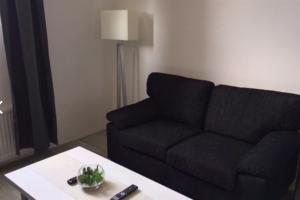 Bekijk appartement te huur in Den Haag Dirk Hoogenraadstraat, € 800, 30m2 - 384556. Geïnteresseerd? Bekijk dan deze appartement en laat een bericht achter!
