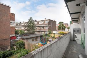 Bekijk appartement te huur in Den Haag Eerbeeklaan, € 1375, 71m2 - 400377. Geïnteresseerd? Bekijk dan deze appartement en laat een bericht achter!