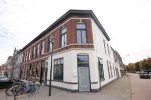 Bekijk kamer te huur in Breda G. Montensstraat, € 550, 27m2 - 352923. Geïnteresseerd? Bekijk dan deze kamer en laat een bericht achter!