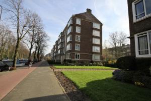 Bekijk appartement te huur in Rijswijk Zh H.t. Landelaan, € 895, 81m2 - 353796. Geïnteresseerd? Bekijk dan deze appartement en laat een bericht achter!