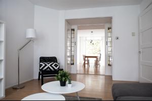 Bekijk appartement te huur in Den Haag Slijkeinde, € 1250, 70m2 - 321443. Geïnteresseerd? Bekijk dan deze appartement en laat een bericht achter!