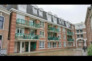 Bekijk appartement te huur in Deventer Graaf van Burenstraat, € 800, 85m2 - 300220. Geïnteresseerd? Bekijk dan deze appartement en laat een bericht achter!