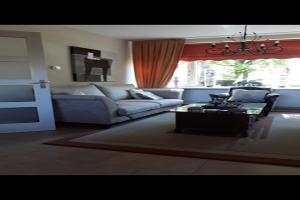 Bekijk woning te huur in Enschede Hulsmaatstraat, € 1450, 240m2 - 366714. Geïnteresseerd? Bekijk dan deze woning en laat een bericht achter!