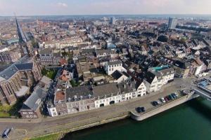 Bekijk appartement te huur in Maastricht Oeverwal, € 1150, 50m2 - 353999. Geïnteresseerd? Bekijk dan deze appartement en laat een bericht achter!