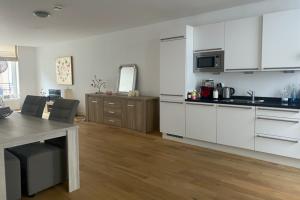 Bekijk appartement te huur in Den Haag Noordeinde, € 1850, 95m2 - 400568. Geïnteresseerd? Bekijk dan deze appartement en laat een bericht achter!