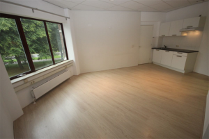 View studio for rent in Groningen Damsport, € 750, 31m2 - 374306. Interested? check out this studio and leave a message!