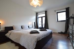 Bekijk woning te huur in Amsterdam Titus van Rijnstraat, € 650, 70m2 - 328158. Geïnteresseerd? Bekijk dan deze woning en laat een bericht achter!