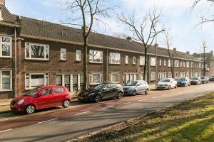 Bekijk appartement te huur in Utrecht Burgemeester van Tuyllkade, € 1425, 88m2 - 337374. Geïnteresseerd? Bekijk dan deze appartement en laat een bericht achter!