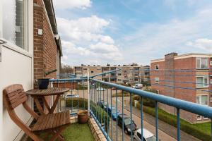 Bekijk appartement te huur in Ridderkerk Mr. Heemskerkstraat, € 885, 66m2 - 367416. Geïnteresseerd? Bekijk dan deze appartement en laat een bericht achter!