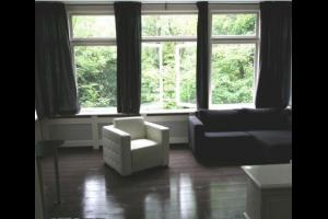 Bekijk studio te huur in Rotterdam Kasteelweg, € 950, 40m2 - 322012. Geïnteresseerd? Bekijk dan deze studio en laat een bericht achter!