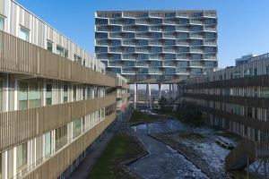 Bekijk appartement te huur in Amsterdam Kruitberghof, € 1350, 101m2 - 365323. Geïnteresseerd? Bekijk dan deze appartement en laat een bericht achter!