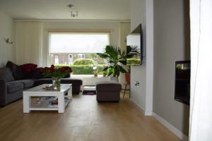 For rent: House Louis Beerenbrouckstraat, Weert - 1