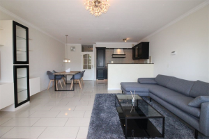 View house for rent in Den Haag L.v.d. Mensenrechten, € 1600, 97m2 - 366828. Interested? check out this house and leave a message!