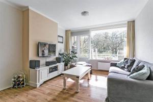 Te huur: Appartement van Beethovenlaan, Voorschoten - 1