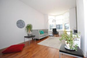 Bekijk appartement te huur in Den Haag Valkenboskade, € 1325, 95m2 - 387448. Geïnteresseerd? Bekijk dan deze appartement en laat een bericht achter!