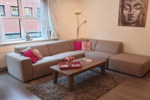 Bekijk appartement te huur in Amsterdam E.V.d. Helststraat, € 1950, 70m2 - 357905. Geïnteresseerd? Bekijk dan deze appartement en laat een bericht achter!