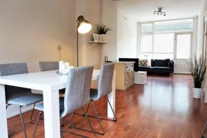Bekijk appartement te huur in Rotterdam Schilderstraat, € 1295, 70m2 - 366469. Geïnteresseerd? Bekijk dan deze appartement en laat een bericht achter!