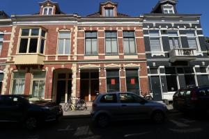 Bekijk studio te huur in Groningen Herebinnensingel, € 550, 25m2 - 366578. Geïnteresseerd? Bekijk dan deze studio en laat een bericht achter!