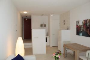 Bekijk appartement te huur in Breda Francoise van Savoyetoren, € 1195, 62m2 - 368567. Geïnteresseerd? Bekijk dan deze appartement en laat een bericht achter!