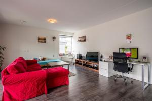 Bekijk appartement te huur in Amsterdam Tommaso Albinonistraat, € 2000, 130m2 - 338946. Geïnteresseerd? Bekijk dan deze appartement en laat een bericht achter!