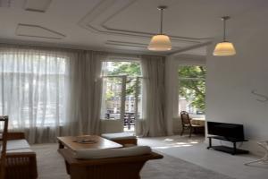 Bekijk appartement te huur in Amsterdam Sarphatikade, € 1995, 70m2 - 352957. Geïnteresseerd? Bekijk dan deze appartement en laat een bericht achter!