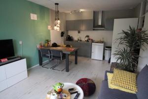 Bekijk appartement te huur in Tilburg Alpenlaan, € 795, 47m2 - 349651. Geïnteresseerd? Bekijk dan deze appartement en laat een bericht achter!