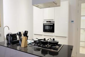 Bekijk appartement te huur in Den Haag R.J. Schimmelpennincklaan: Appartement  - € 1775, 85m2 - 355109