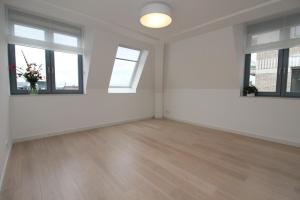 Bekijk appartement te huur in Utrecht David van Mollemstraat, € 1745, 85m2 - 377497. Geïnteresseerd? Bekijk dan deze appartement en laat een bericht achter!