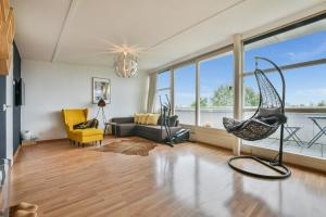 Bekijk appartement te huur in Amsterdam Guldenpromenade, € 1500, 75m2 - 373324. Geïnteresseerd? Bekijk dan deze appartement en laat een bericht achter!