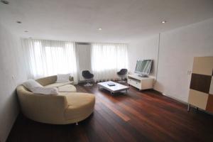Bekijk appartement te huur in Amsterdam Noordzijde, € 1499, 115m2 - 353098. Geïnteresseerd? Bekijk dan deze appartement en laat een bericht achter!