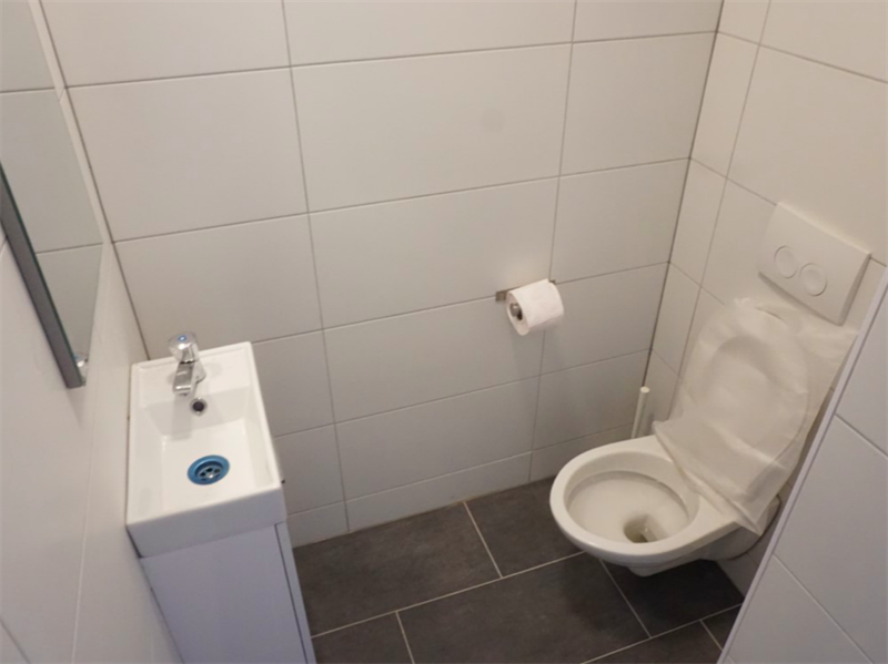For rent: Apartment Staalstraat, Amsterdam - 2