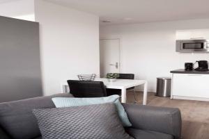Bekijk studio te huur in Den Haag Symonszstraat, € 850, 60m2 - 387346. Geïnteresseerd? Bekijk dan deze studio en laat een bericht achter!