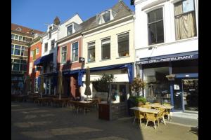 Bekijk appartement te huur in Delft Markt, € 1000, 85m2 - 322864. Geïnteresseerd? Bekijk dan deze appartement en laat een bericht achter!