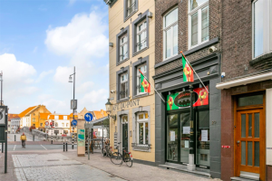 View apartment for rent in Roermond Brugstraat, € 995, 150m2 - 391304. Interested? check out this apartment and leave a message!