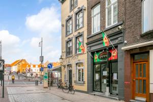 Bekijk appartement te huur in Roermond Brugstraat, € 995, 150m2 - 391304. Geïnteresseerd? Bekijk dan deze appartement en laat een bericht achter!
