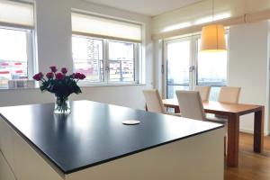Bekijk appartement te huur in Amsterdam Narva-eiland, € 2450, 156m2 - 372795. Geïnteresseerd? Bekijk dan deze appartement en laat een bericht achter!