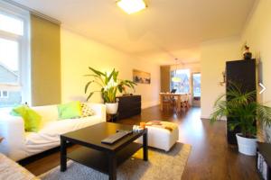 Bekijk appartement te huur in Utrecht Handelstraat, € 1495, 75m2 - 384306. Geïnteresseerd? Bekijk dan deze appartement en laat een bericht achter!