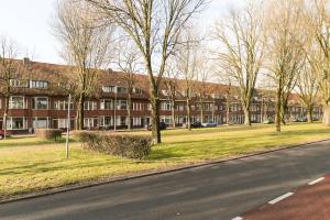 Bekijk appartement te huur in Utrecht Burgemeester van Tuyllkade, € 1395, 88m2 - 340419. Geïnteresseerd? Bekijk dan deze appartement en laat een bericht achter!