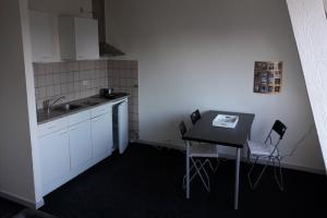 Bekijk appartement te huur in Heerlen Schaesbergerweg, € 650, 62m2 - 342329. Geïnteresseerd? Bekijk dan deze appartement en laat een bericht achter!