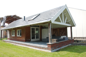For rent: House Zuideinde, Roelofarendsveen - 1