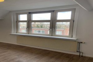 View studio for rent in Rotterdam Samuel Mullerstraat, € 700, 72m2 - 387846. Interested? check out this studio and leave a message!