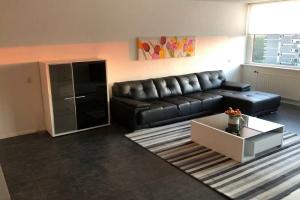 Bekijk appartement te huur in Eindhoven Venuslaan: Ruim appartement  - € 1495, 107m2 - 341037